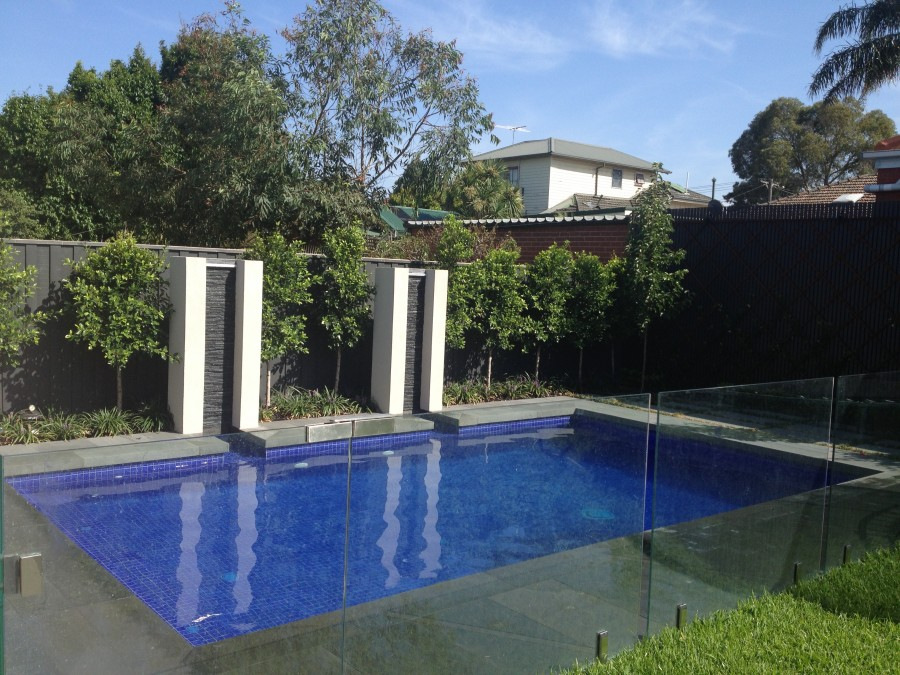strathmore rectangle pool with water features